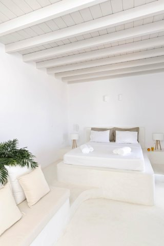executive-suite-astypalaia-03